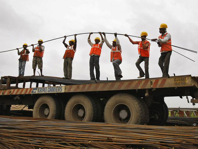 Iron rods being offloaded in Lagos by Bisi-Best Nigeria Limited